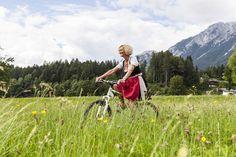 Hotel Kaiser in TIrol // Scheffau // Wilder Kaiser // Natur // Mountainbiking // Vital aktiv Wilder Kaiser, Das Hotel, Hiking, Mountains, Nature, Travel, Family Vacations, Sporty, Walks