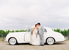 this makes me want to have a fabulous getaway car for my wedding