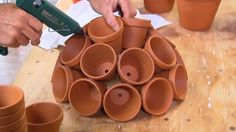 Make your own diy terracotta style garden art Garden Crafts, Garden Projects, Diy Crate Coffee Table, Backyard Bar, Home Flowers, Clay Pot Crafts, Clay Pots, Garden Pots, Flower Pots