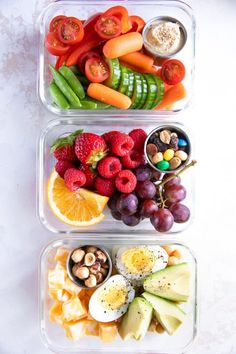Healthy Meals Eating healthy on-the-go has never been easier with these delicious, colorful, and nutritious Meal Prep Snack Ideas. - Eating healthy on-the-go has never been easier with these delicious, colorful, and nutritious Meal Prep Snack Ideas. Good Healthy Recipes, Healthy Snack For Work, Healthy Meal Options, Healthy To Go Meals, Healthy Filling Snacks, Healthy Snacks Vegetarian, Heathy Lunch Ideas, Healthy Food For Kids, Food To Go