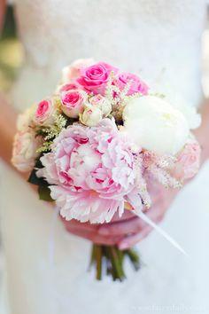 Mariage {Marine & Christophe} décoration mariage rose, photographe Fairy Daily, bouquet mariée, mariage, wedding, bride, flowers, fleurs, rose, pink