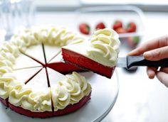 Red Velvet Recept, Oreo Cheesecake Recept, Red Velvet Cheesecake, Sweet Bakery, High Tea, Cake Cookies, Food Inspiration, Baking Recipes, Food Porn