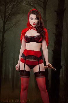 Little Red Riding Hood by ladymorgana.deviantart.com