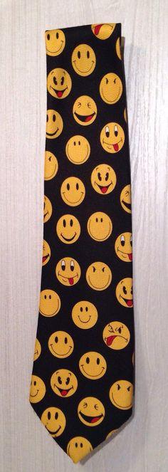 Retro 70s Designer Happy /Smiley Face II Rene by RetrouverBiz