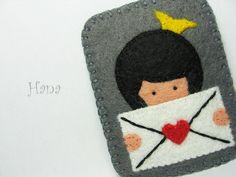 Queen of Hearts Felt Brooch