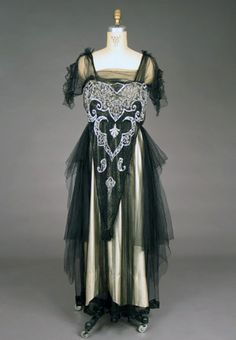 Evening Gown: ca. 1918, beaded.