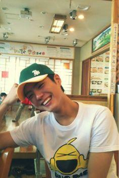 Park Bo Gum. Smile.
