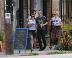 Kristen and Rob out in LA with friends 4-3-13 (29)