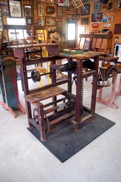I built this broom winder based on traditional designs for a winder