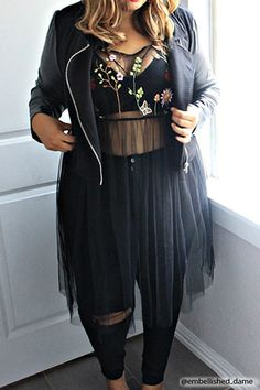 Plus Size Sheer Embroidered Dress – Plus Size – Dresses – 2000175160 – Forever 21 Canada English Source by Curvy Girl Outfits, Curvy Girl Fashion, Black Women Fashion, Look Fashion, Plus Fashion, Plus Size Autumn Fashion, Curvy Fashion Plus Size, Plus Size Fasion, Plus Size Goth