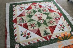 Piece N Quilt: Applique Christmas Quilt - Custom Machine Quilting by Natalia Bonner