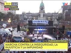 YouTube - Así abucharon a las Madres Plaza de Mayo en la marcha #paraquenotepase