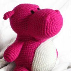 Hilda the hippo amigurumi pattern by Footloosefriend