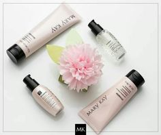 Mary Kay Our Little Miracle TimeWise set! What a great way to reduce the look of fine lines and wrinkles! Mary Kay Cosmetics, Mary Kay Miracle Set, Mary Kay Mexico, Lr Beauty, Daily Beauty, Beauty Stuff, Mary Kat, Timewise Miracle Set, Imagenes Mary Kay