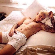 Justin Bieber Unveils Purple Hairstyle