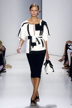 Donna Karan Spring 2006 Ready-to-Wear Collection Photos - Vogue