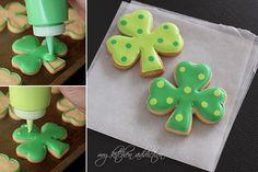 How to make polka dot shamrock cookies (My Kitchen Addiction). Very cute.