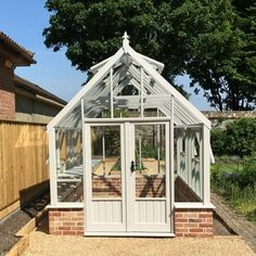 Clearview Buckinghamshire greenhouses at the best UK prices - Sale now on! Roof Window, Side Window, Stirling Scotland, Wooden Greenhouses, Roof Vents, Safety Glass, Centre Pieces, Color Of Life