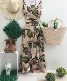 Image may contain: hat Classy Outfits, Cool Outfits, Casual Outfits, Casual Wear, Cute Dresses, Casual Dresses, Fashion Dresses, Clothing Store Displays, Summer Wedding Outfits