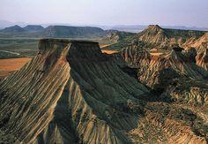 Résultats Google Recherche d'images correspondant à http://www.turismodigital.com/fotos/parque-natural-de-las-bardenas-reales-navarra-1-501....