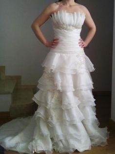 ¡Nuevo vestido publicado!  Vestido novia a estrenar ¡por sólo 1600€! ¡Ahorra un 26%!   http://www.weddalia.com/es/tienda-vender-vestido-novia/vestido-novia-a-estrenar/ #VestidosDeNovia vía www.weddalia.com/es
