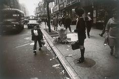 Garry Winogrand, New York City, 1968 © The Estate of Garry Winogrand