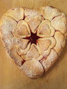 Cuor di Fragola   Bimby con Rox San Valentino, Dolce, Apple Pie, Bread, Desserts, Food, Tailgate Desserts, Deserts, Brot
