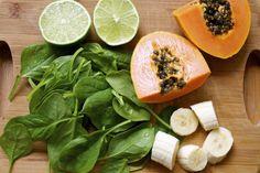 KONA HAWAII GREEN SMOOTHIE:  papaya, banana, lime, spinach