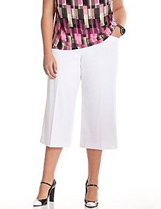 I love me a pair of culotte pants, paired with a pair of boots... 6th & Lane culotte