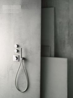 Inbouw douchethermostaat met hoofddouche en handdouche. Verkrijgbaar in chroom en RVS (edelstaal geborsteld)