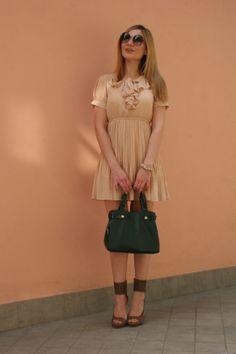 Love my new chiffon pleated dress in powder pink. Find it here (http://www.oasap.com/dresses/31581-layered-self-tie-pleated-chiffon-dress.html/?fuid=37228)