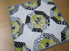 Spiderweb Block Sew-Along | Sew Mama Sew | Outstanding sewing, quilting, and needlework tutorials since 2005.