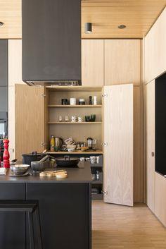 Talo Kotikontti, Mikkelin Asuntomessuilla 2017 Kitchen Living, New Kitchen, Finland, Home Kitchens, Kitchen Cabinets, Interior, Summer, House, Ideas