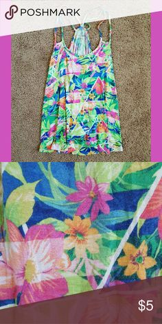 Decree Tropical Floral Tank Top A comfy tank top, great for lounging or working out in!  ~ Size: SMALL ~ Condition: Well loved, but still has some life left. (: Decree Tops Tank Tops