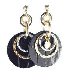 Pop_Up orecchini in pelle stampa coccodrillo, col. nero vernice; Leggerissimi, in pelle, alluminio ed ottone galvanizzati in oro.