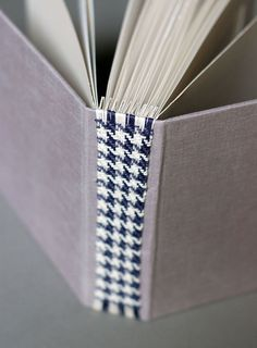 Woven Houndstooth bookspine - process of creating the design also binds the book...!!!