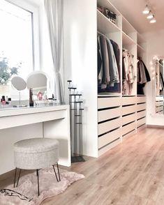 𝓼𝓮𝓻𝓮𝓷𝓭𝓲𝓹𝓲𝓽𝔂 Girl Bedroom Designs Ankleidezimmer 𝙗𝙮 𝒆𝒓𝒊𝒂𝒏𝒂𝒋𝒂𝒓𝒊𝒆 Bedroom Closet Design, Girl Bedroom Designs, Closet Designs, Home Bedroom, Ikea Bedroom, Bedroom Furniture, Budget Bedroom, Bedroom Modern, Bedroom Ideas