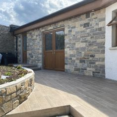 Stone veneers (thin stone) are used when you want to face your existing home with stone. We are able to cut stone specifically for your requirements, and are more than happy to help you find the perfect Sandstone mix from our quarry! Stone Blocks, Building Stone, Stone Veneer, Natural Stones, Indoor, Face, Happy, Nature, Projects