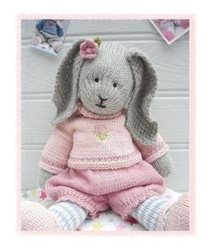 'PRIMROSE Rabbit' ...a Mary Jane's TEAROOM PDF Knitting Pattern...