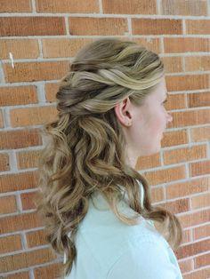 Elegant half-up half-down for a bride or a formal dance || Hair by Kayla Johnson