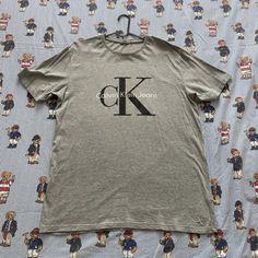 Vintage Grey Calvin Klein Logo Tee (L) Vintage Sportswear, Helly Hansen, Fred Perry, Tommy Hilfiger, Street Wear, Logos, Tees, Mens Tops, T Shirts
