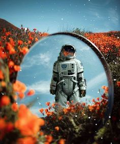 Sweet dreams all! Astronaut Wallpaper, Aesthetic Space, Astronauts In Space, Photo Images, Futuristic Art, Space And Astronomy, Nasa Space, Story Instagram, Design Graphique