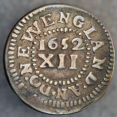 """El Chelín de pino de 1652, el Dólar Continental de 1776, el centavo de 1787 Fugio y el 1792 mitad disme todos representan """"primeros"""" en la historia numismática americana. Estas monedas son, respectivamente, las primeras monedas de plata que se golpearán en América del Norte norteamericana, las primeras monedas golpeadas para las colonias unidas en la rebelión de Gran Bretaña, la primera moneda oficial de los Estados Unidos y las primeras monedas golpeadas por la Casa de la Moneda de los…"""