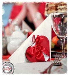 Ślub w czerwieni / red wedding  www.cardsdesign.pl
