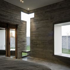 Corner Window. House for two artists by M + N Arquitectos
