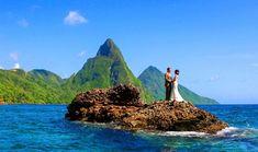 Yaz tatili için plan yapanlar, balayına gitmek isteyenler bu muhteşem yerleri görünce orada olmak isteyeceksiniz. Dünyaca ünlü bu yerlerde hem doğa ile iç içe olacaksınız hem de eşiniz ve ya sevdikleriniz ile huzurlu bir tatil yaşayacaksınız. Bu romantik adalar nereden diye soranlara, İşte yazın gidebileceğiniz...