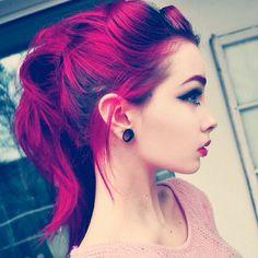 Astuce sourcils avec des cheveux colorés