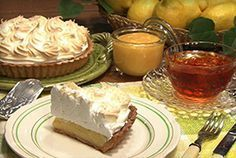 トップシェフのレモンパイ| レシピ | NHK「グレーテルのかまど」 Lemon Recipes, Sweets Recipes, Cake Recipes, Desserts, Sweets Catalog, Homemade Sweets, How To Make Cake, Love Food, Bakery