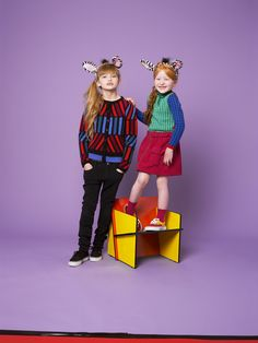 Vibrant Kenzo Kids new campaign for fall/winter 2013 kids fashion trends. Cool Kids, Kids Mode, 2014 Fashion Trends, Trends 2018, Kenzo Kids, Baby Fashionista, Kids Branding, Kids Wear, Kids Girls