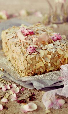 Svinhufvudin kakku Eleanoran tapaan | Maku